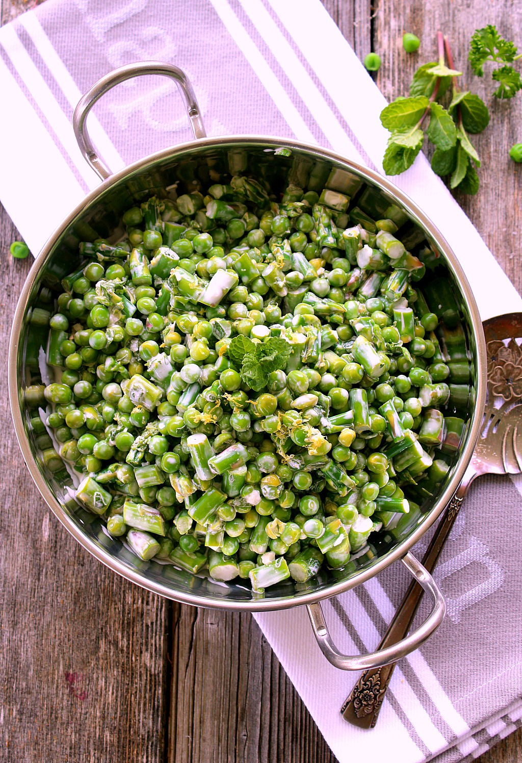 Spring Salad with Peas and Asparagus