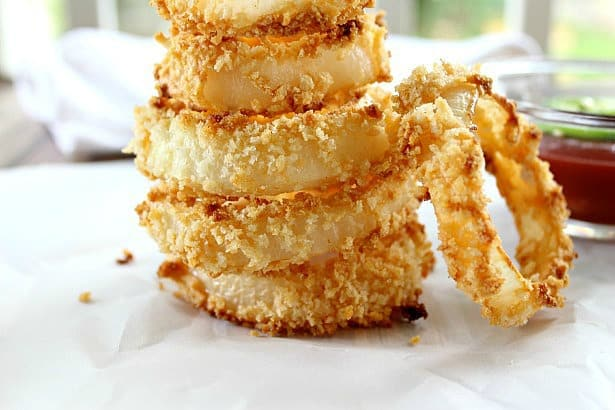 Baked Onion Rings are a deliciously crunchy, healthy alternative to fried onion rings.