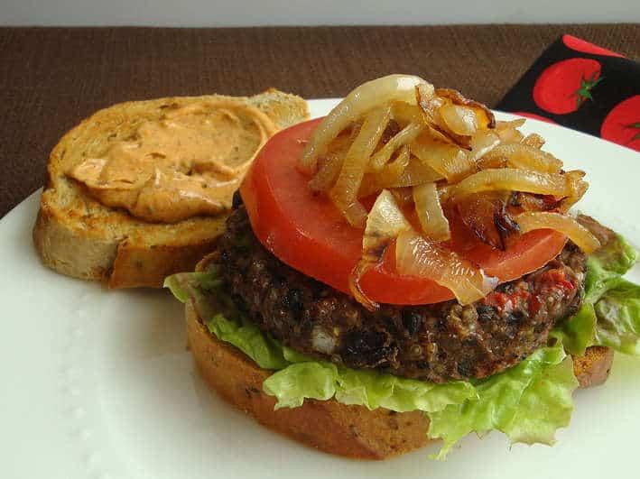 Baked black bean burgers, black bean burger recipe, vegetarian burgers