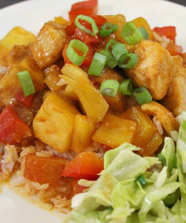 Healthy Sweet and Sour Chicken. This fresh dish is ready in no time in one pan. Fresh, flavorful and authentic.