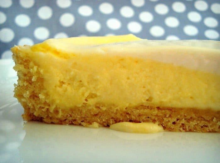 Lemony Cheese Tart with Sour Cream Glaze