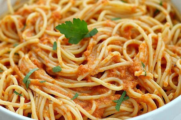 Red Pepper Pasta and Vegetable Sauce