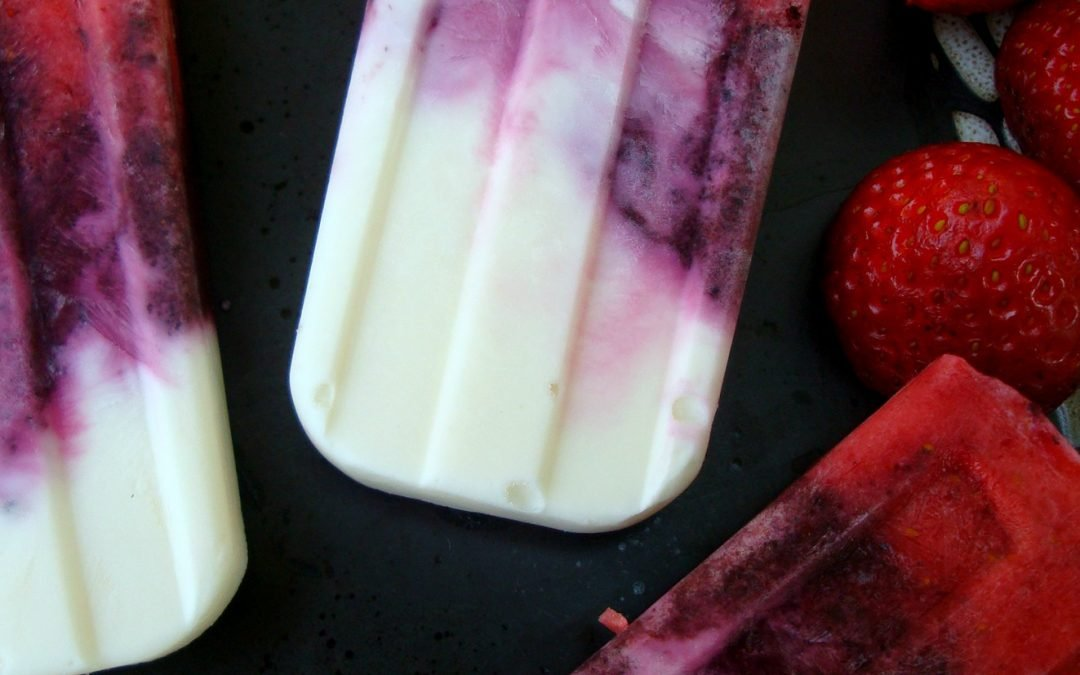 Healthy Red, White and Blueberry Popsicles