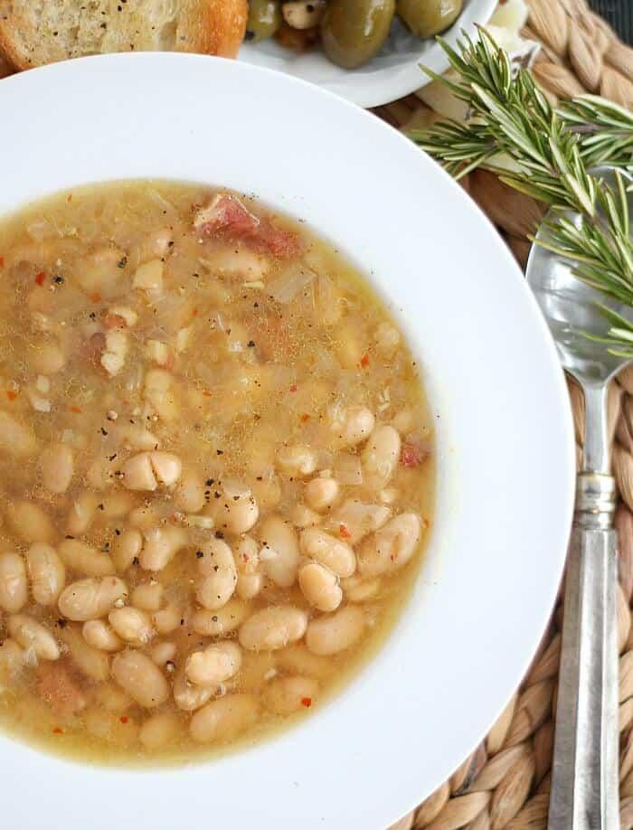 Tuscan White Bean Soup4