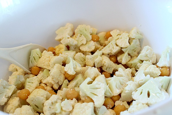 Cauliflower and chickpeas