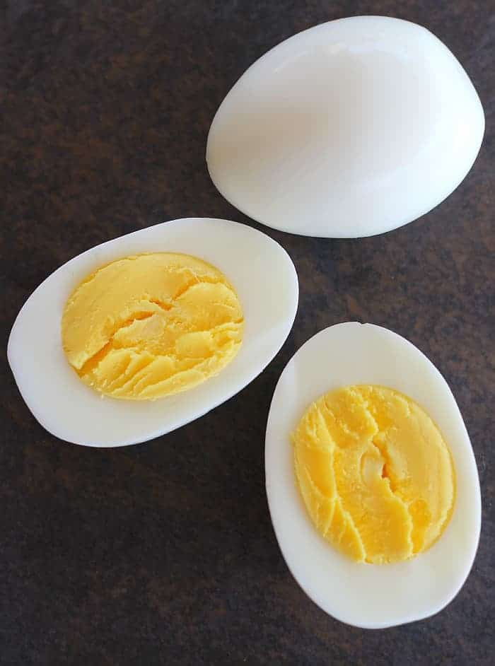 Perfect Hard Boiled Eggs And The Secret To Easily Peeled Shells Good Dinner Mom