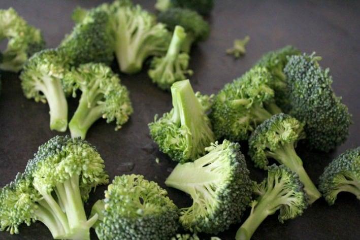 Buffalo Style Roasted Broccoli1a