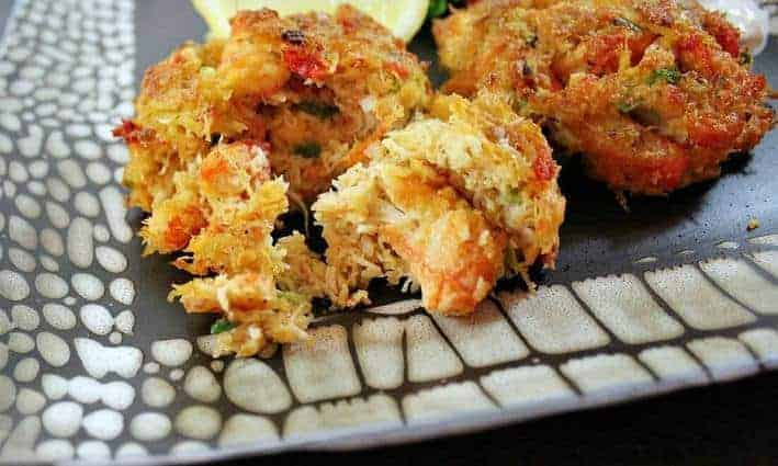 Perfectly simple crab cakes are perfectly tasty here with scallions, butter, Old Bay Seasoning and a bit of hot sauce for kick. Chunky and tender, perfect.